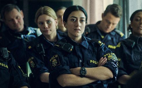 """Gizem Erdogan som Leah i SVT:s """"Tunna blå linjen"""". Foto: Linus Eklund/Anagram/Pressbild"""