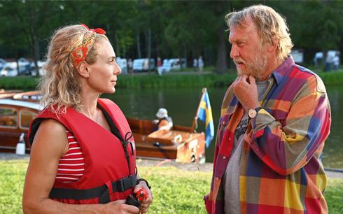 Namn: Eva Röse och Tomas von Brömssen Bild: GF Studios. Pressbild från SF Studios.